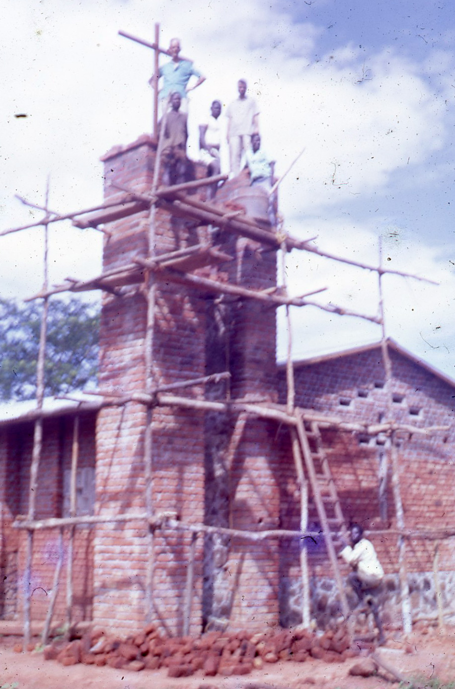 Arquitectura belga, torre mision,  Congo, años 60