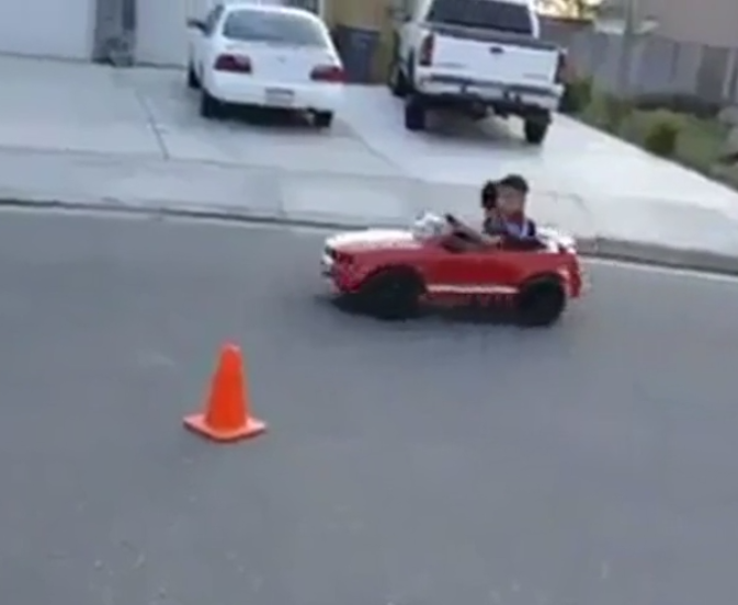 http://www.dailymotion.com/video/x19cngj_kid-drifting_fun