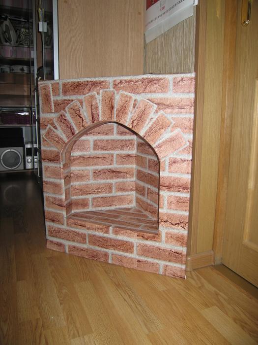 Угловой камин своими руками фото из картона