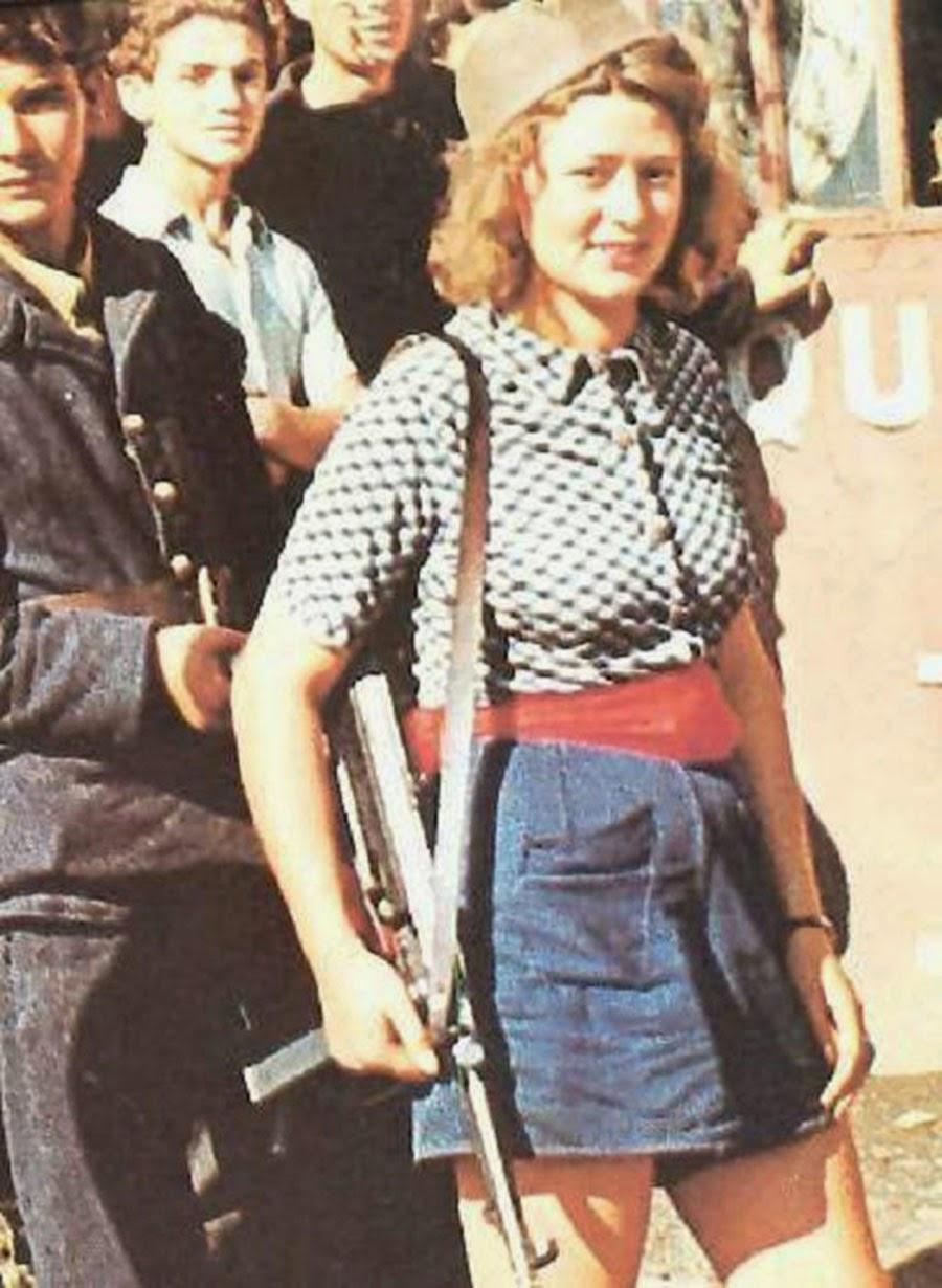 Simone Segouin in a rare color photo.