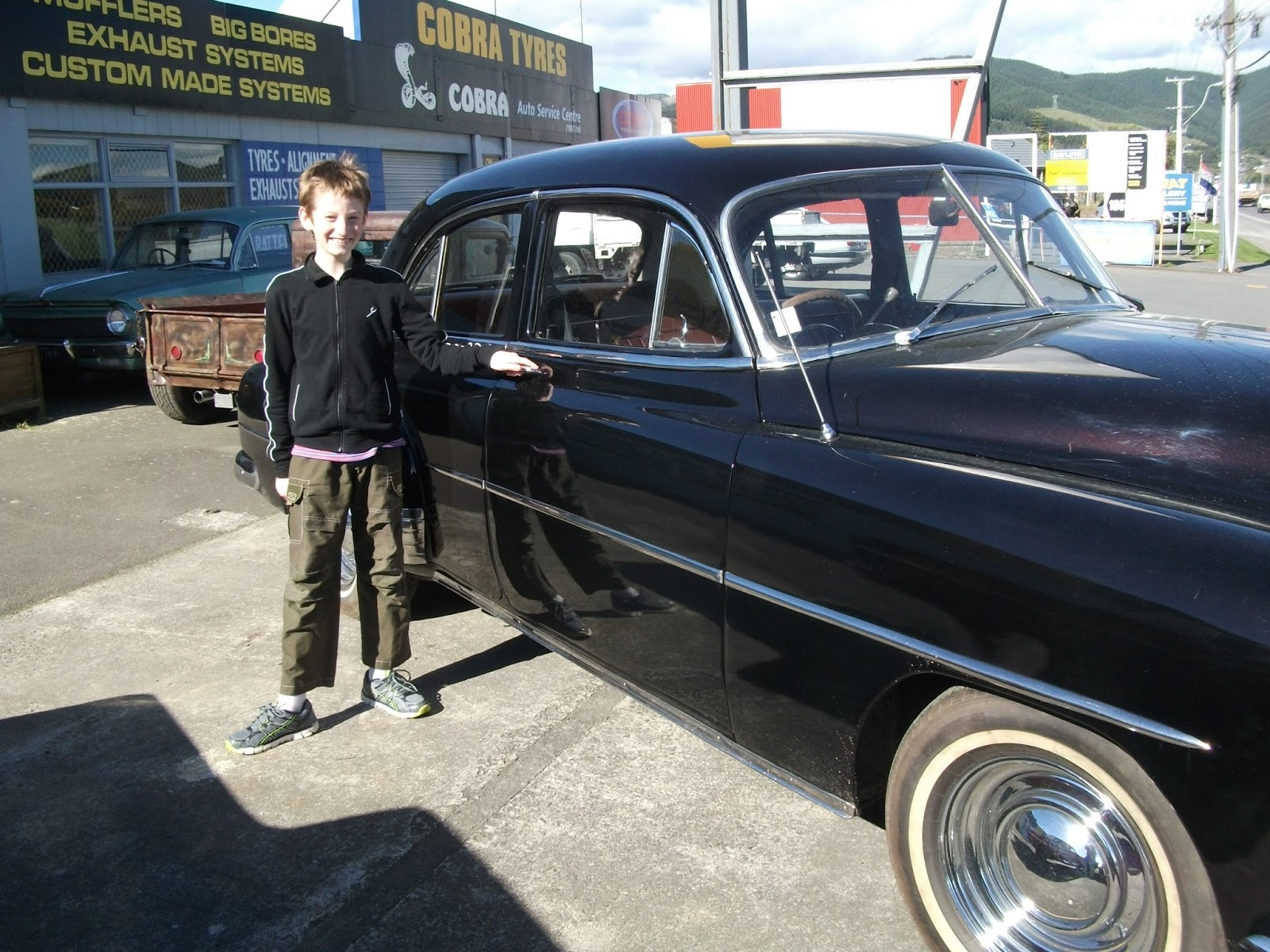 Nellie B\'s: Cool Old Cars