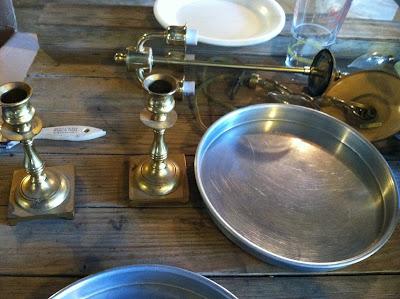 DIY Kitchen Sink Organizer {rainonatinroof.com} #kitchen #organizer #DIY