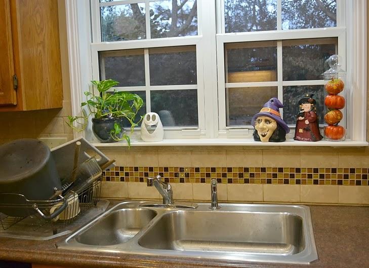 Pfister Faucet Review: The Avalon 1-handle Kitchen Faucet - Creative ...