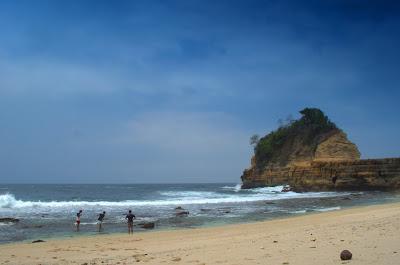 Pantai Pathok Gebang