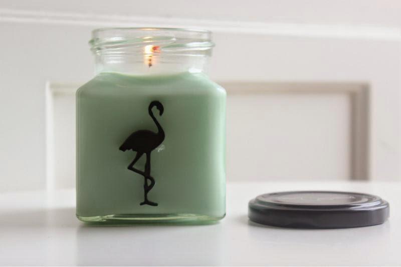 Flamingo Candles Cinnamon Appleberry Candle