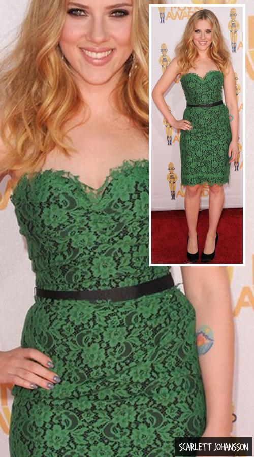 Cor de esmalte para vestido verde escuro