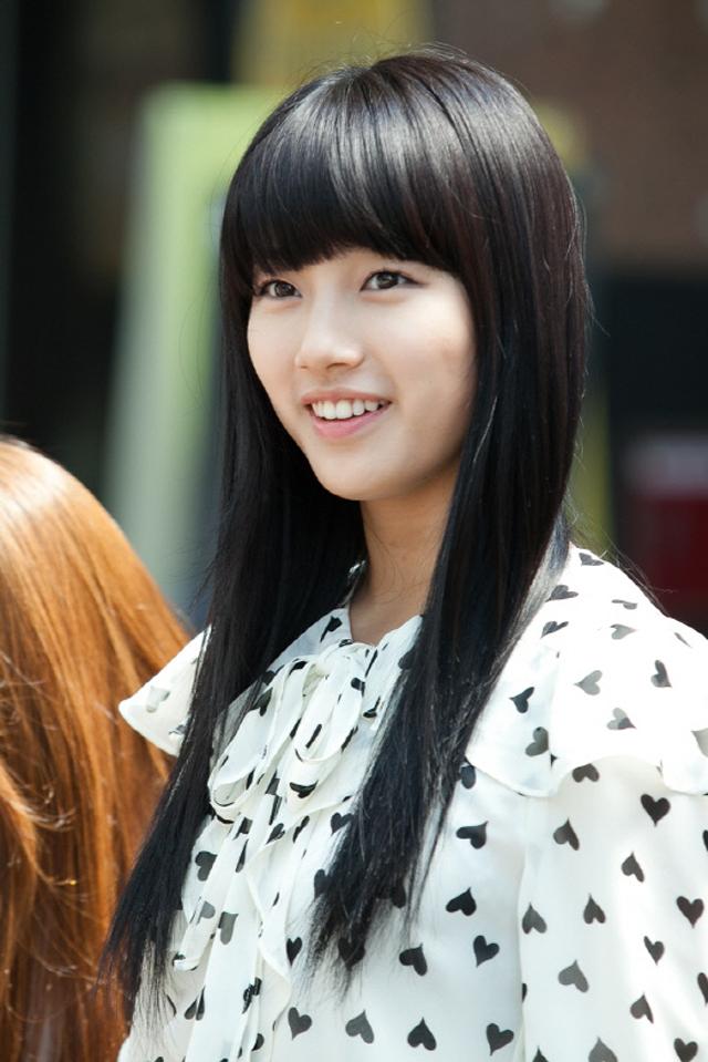 Free Celebrities Bae Suzy Hot