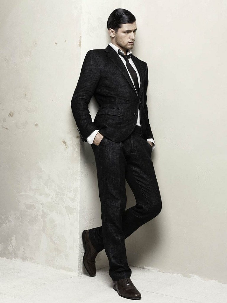 If you're searching for men's fashion suits, you've come to the right place. Clothing Connection Online carries a wide variety of suits from top designers at discounted prices, providing you with a wonderful option to look amazing without having to spend a lot of money to achieve that look.