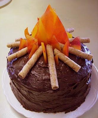 bolo fogueira -decoração para festa junina - São João