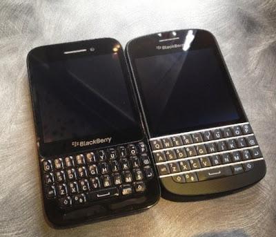 Justo ayer les compartimos imagenes de este R10 en negro y a unas horas después nuevas imagenes salierón ahora en comparación con el modelo Q10. En la imagen superior podemos ver el R10 de la lado izquierdo y el Q10 del lado derecho, recordemos que el R10 saldría como un modelo de clase media, lo que significa que será más barato que el Q10 y Z10. A continuación te mostramos más imagenes del BlackBerry R10: Fuente: BlackBerry Blog