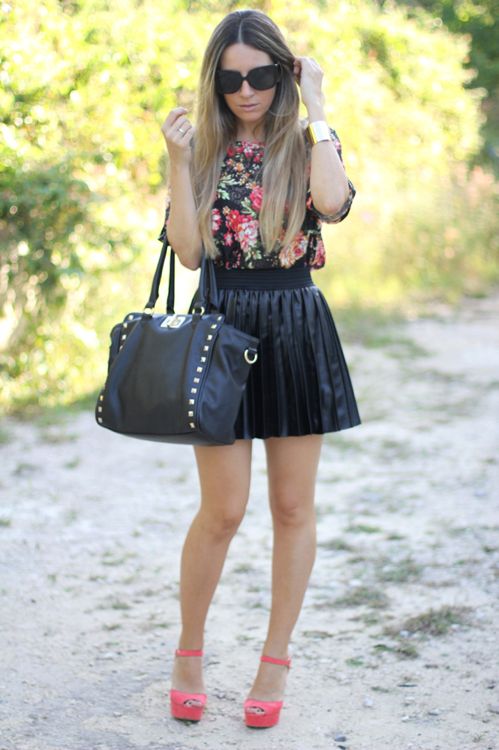 How to wear lether skirt