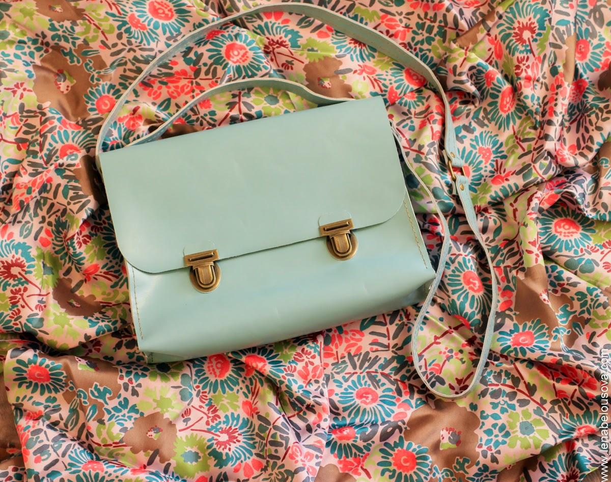 Голубой портфель из натуральной кожи