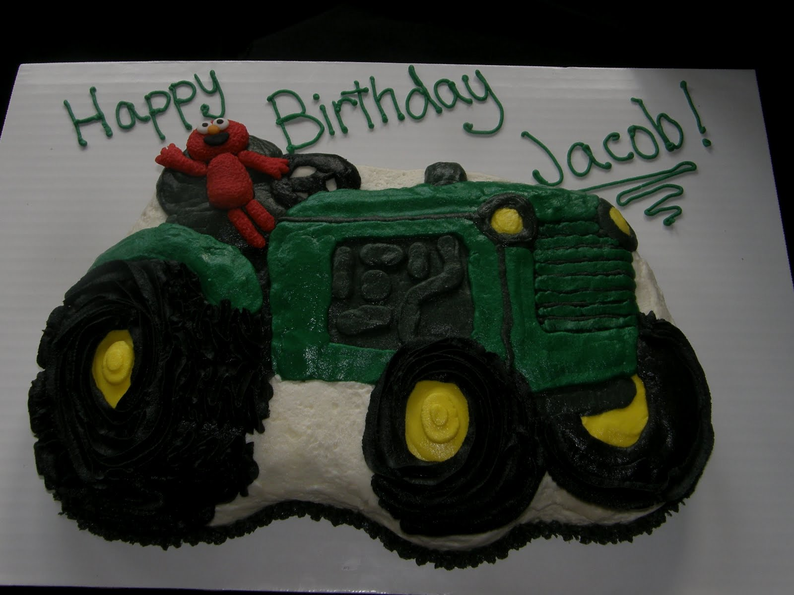 The Birthday Boy Was Excited And Instantly Recognized All Parts Elmo Tractor Cake Love A Happy Kid Customer