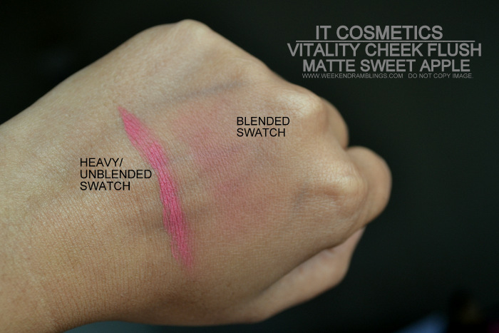 It Cosmetics Cheek Vitality Flush Matte Sweet Apple Pink Coral Spring Powder Blush Indian Beauty Blog Makeup Review Swatches FOTD Photos Ingredients