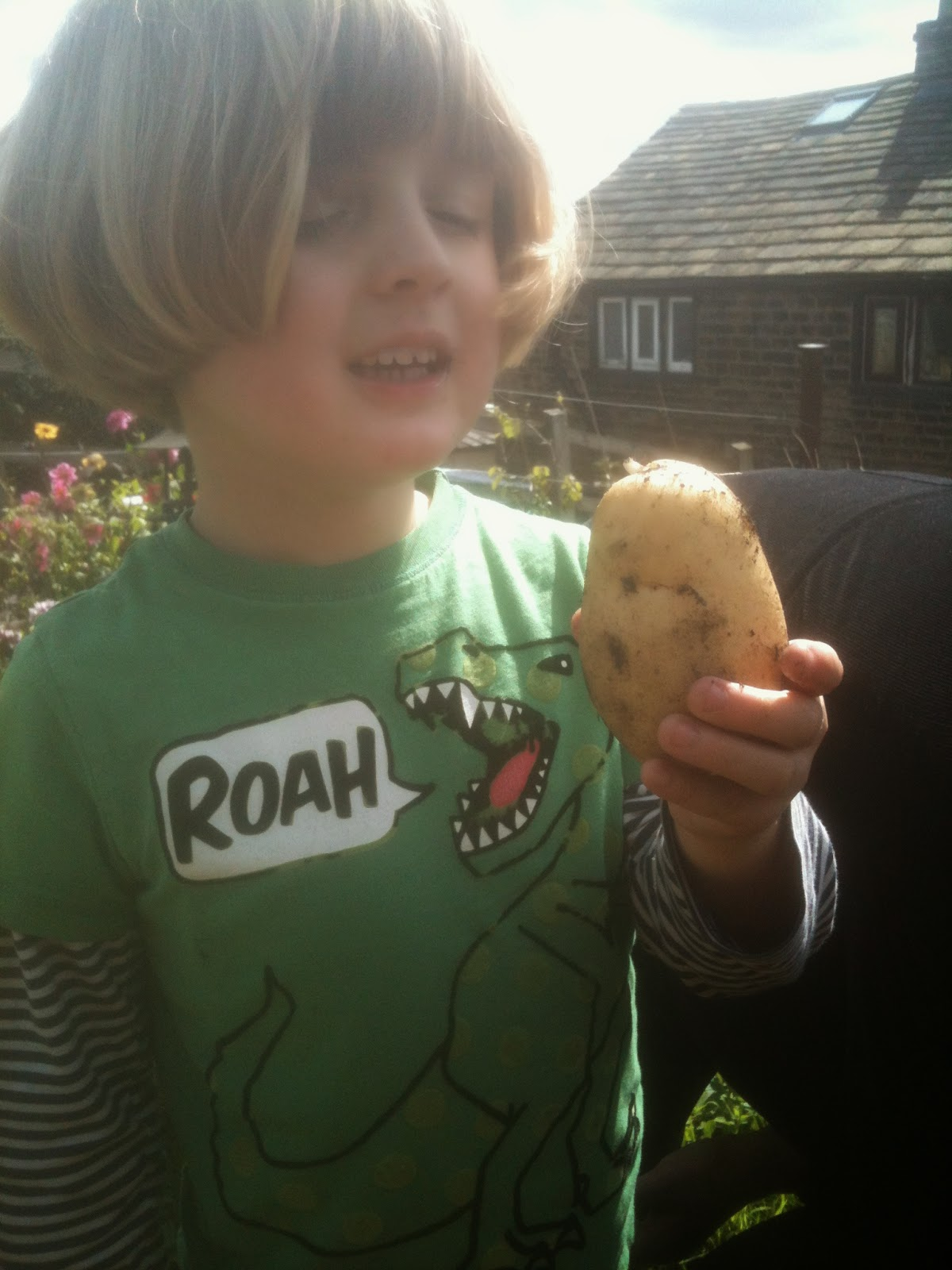 Look at the size of my spud!