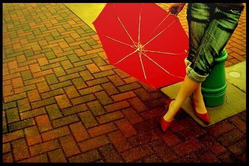 Rojo que te quiero rojo  - Página 2 Paraguas-rojo