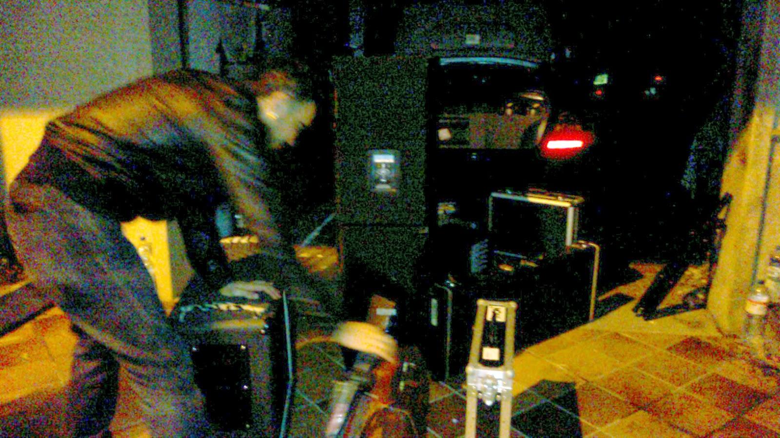 LA4PARED-07-cargando