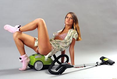 Vacuum Cleaner Lupa Dibersihkan