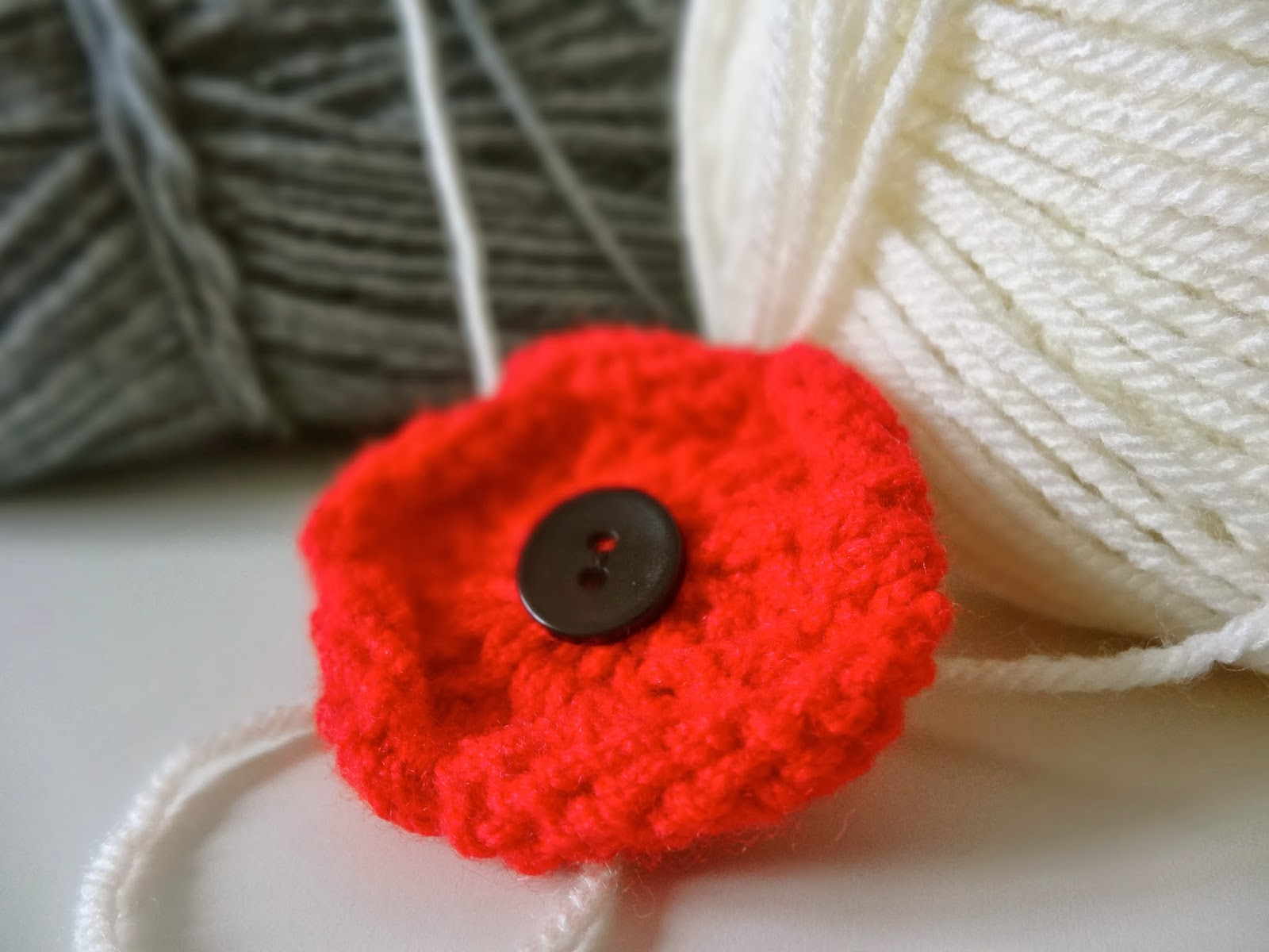 Easy Afghan Knitting Patterns Free : Trends With Benefits: DIY Knitted Poppy