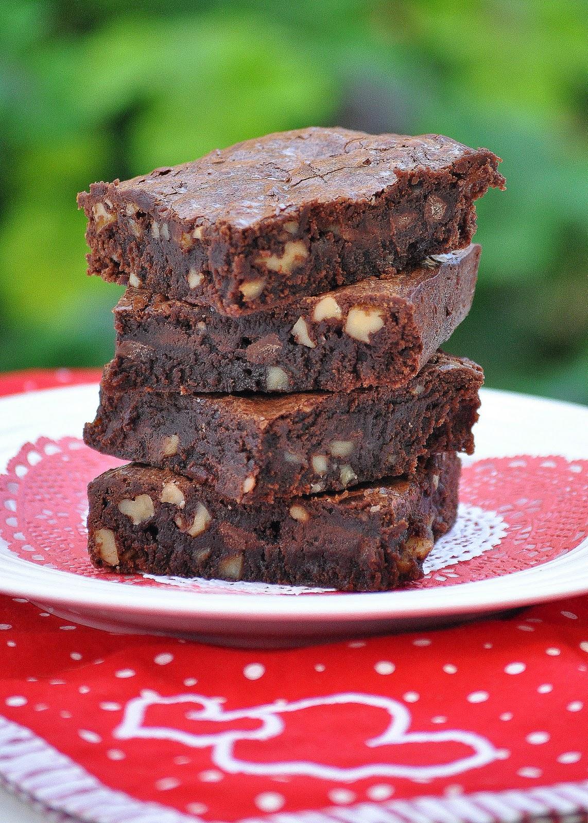 Chocolate Chip Brownies | Lemons and Lavender