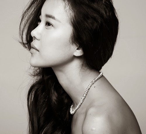 Baek Ji Young regresa con single durante Mayo