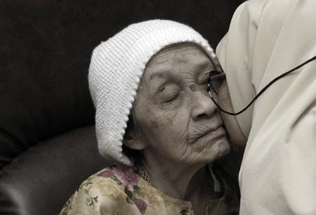 Wanita WAJIB Tau! Begini Hukumnya Jika Istri Tidak Suka dan Tidak Taati Mertua