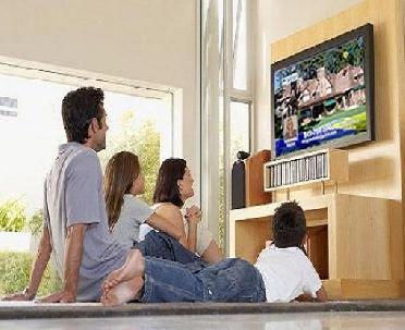 الجلوس أمام التلفزيون يُقصر العمر !!!!