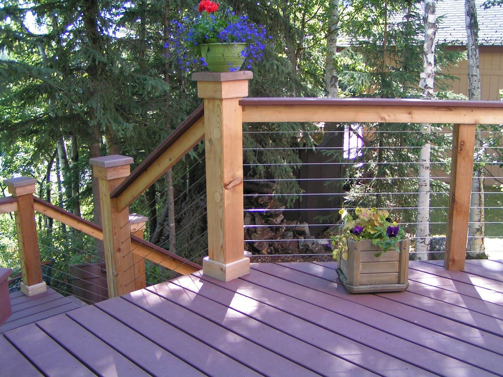 Deck railings ideas and options outdoor design tattoo for Exterior balcony railing design