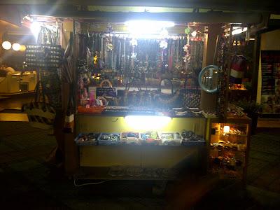 IMG 20120517 00096 Bandung, Suasana malam yang penuh gairah dan Surga para pencinta belanja