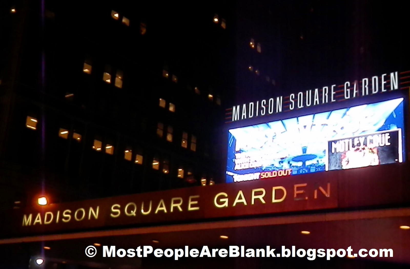 Most people are blank motley crue madison square garden nyc october 28 2014 live concert for Madison square garden concert tonight