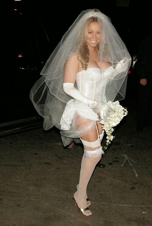 Mariah Carey disfrazada de novia sexy