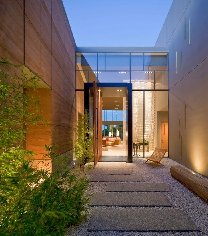 Entrance to the Multimillion modern dream home in Las Vegas