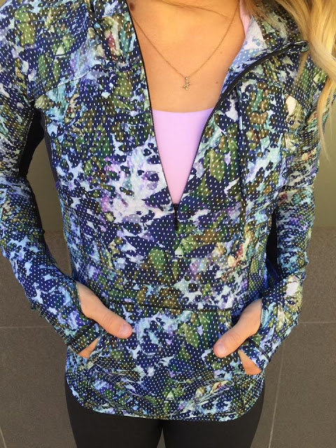 lululemon-floral-sport-multi runbeam hoodie