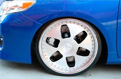 Corolla Azul Rebaixado
