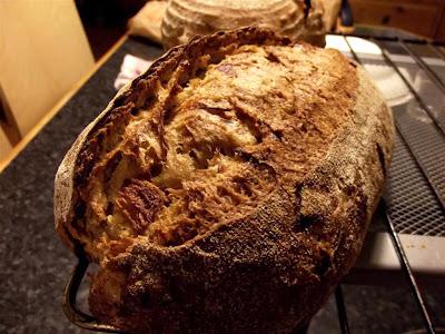 Pan ecológico de trigo y espelta con cebolla caramelizada