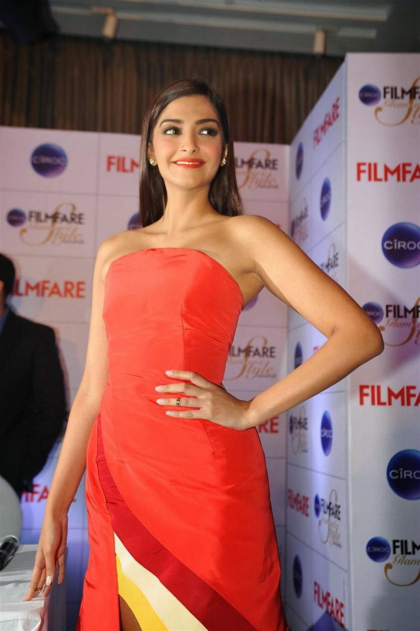 Actress Sonam Kapoor Latest Cute Hot Spicy Photos Gallery At Filmfare Glamour n Style Awards Press Conference