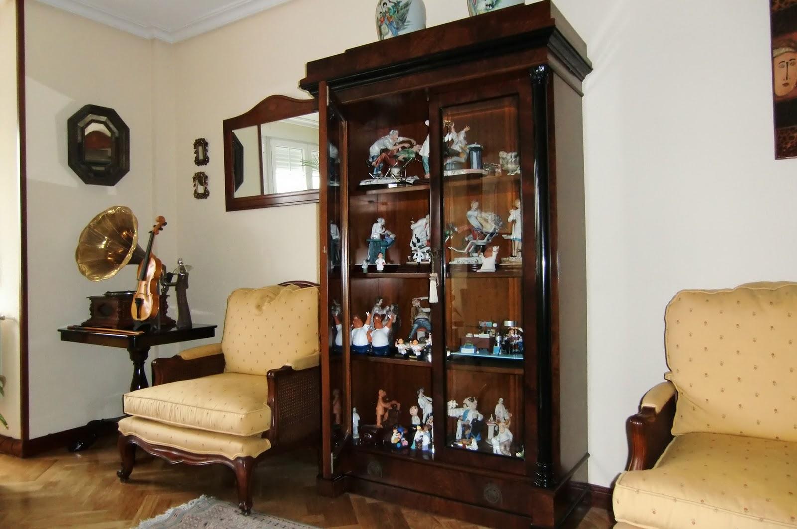 Alejandrinos iii certamen historias de mis muebles for Borlas para muebles