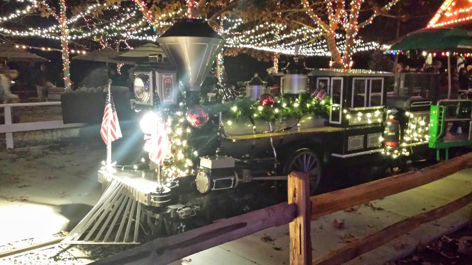 Polkadots on Parade: GIVEAWAY: Irvine Park Railroad Christmas ...