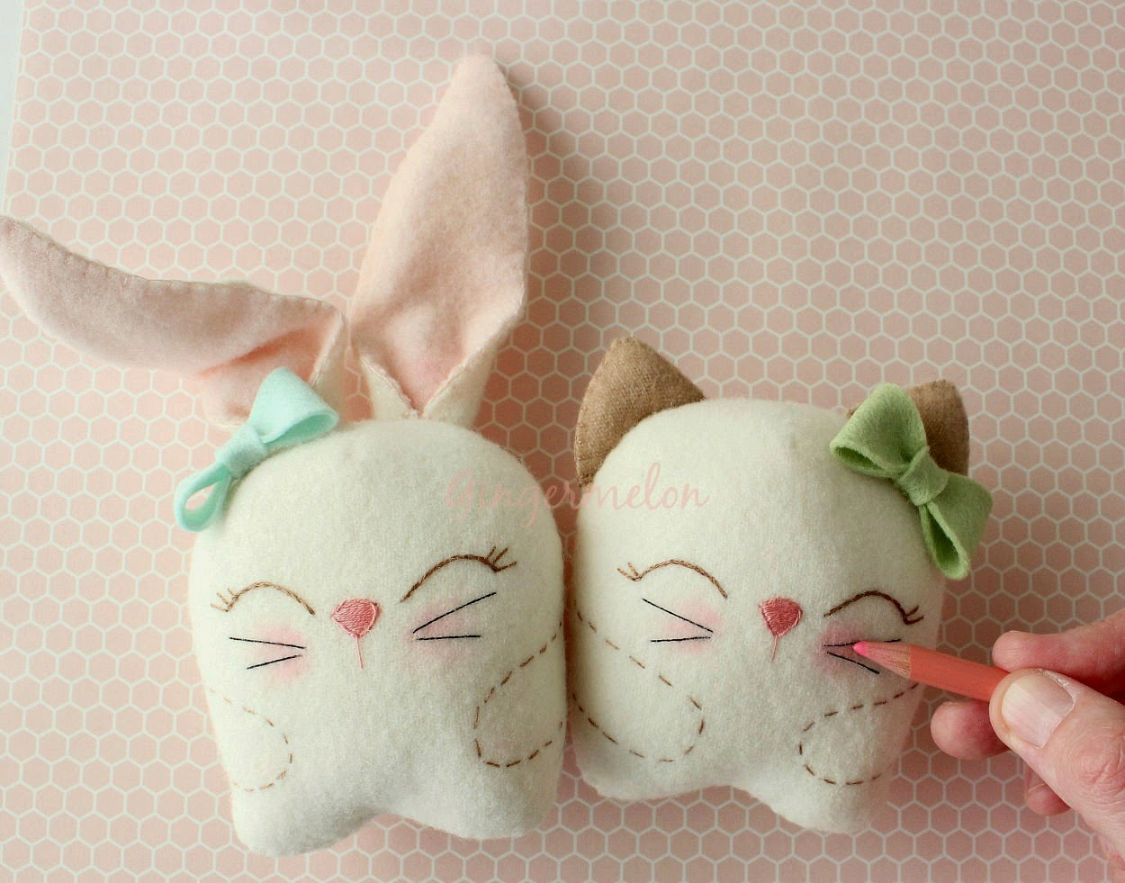 Snuggle Bunny and Kitty - Free Tutorial