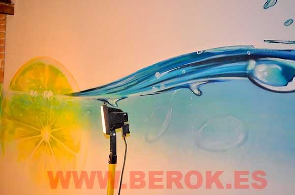 Mural de agua y limón