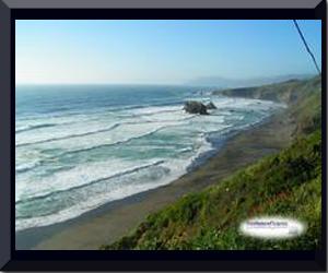 Pemandangan_pantai_indah