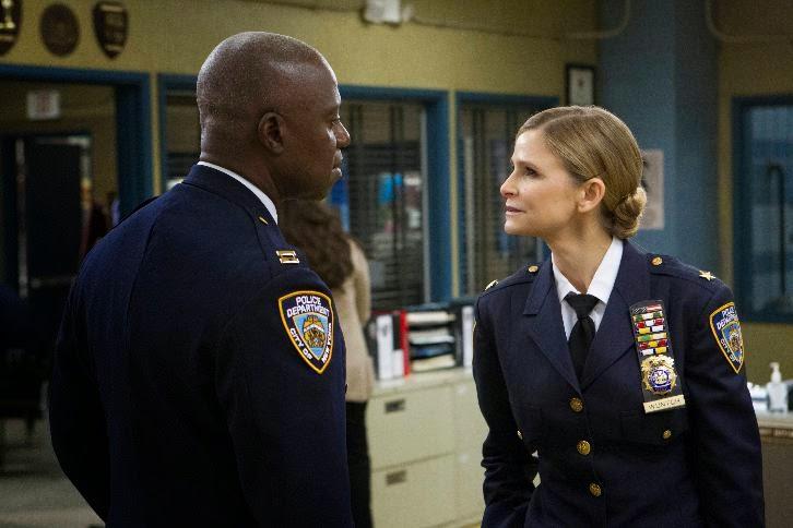 Brooklyn Nine-Nine - Episode 2.02 - Chocolate Milk - Promotional Photos