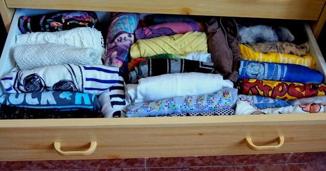 ropa ordenada cajón