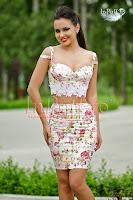 Compleuri /Costume femei