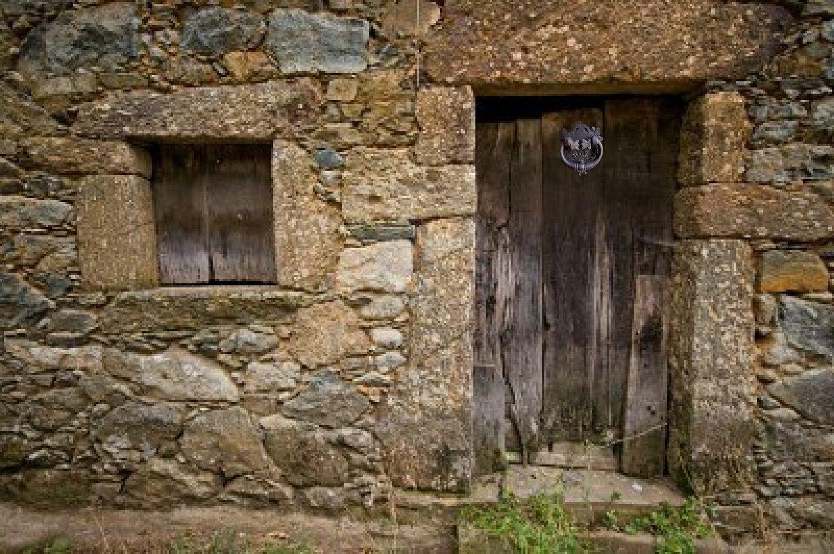 Paola ramirez aldaba for Puerta blindada antigua casa gutierrez