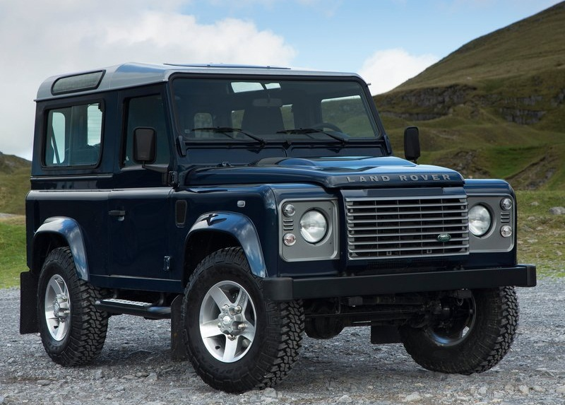 Sport car garage land rover defender 2013 for Garage land rover brest