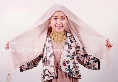 Cara Memakai Jilbab Paris Praktis