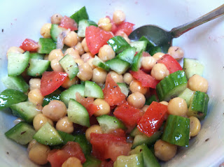 Super Easy Healthy Vegan Chickpea Salad