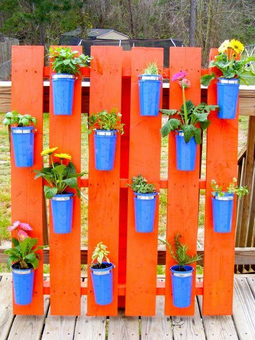 decoracao jardim paletes: reciclar e reutilizar paletes na decoração e no jardim da sua casa