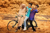 Govindudu Andarivadele Movie photos-thumbnail-18